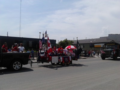 i day parade us candad flags