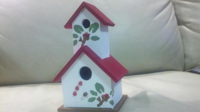 a christmas bird  house