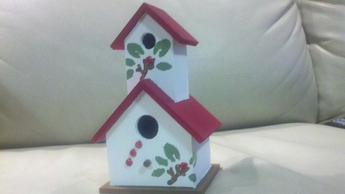 a christmas bird  house