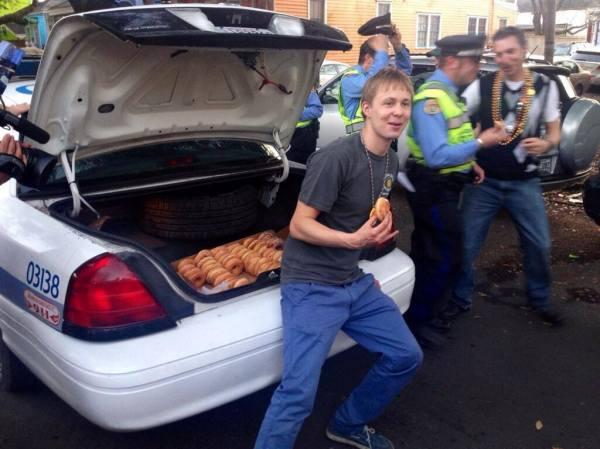 mardi gras donuts