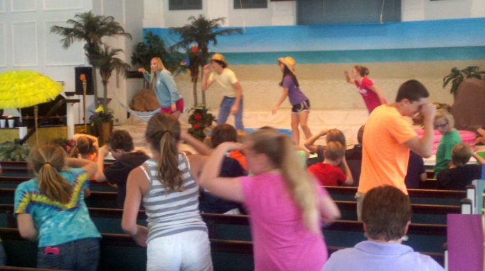 vbs sing from back
