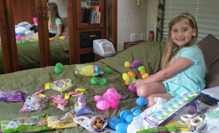 madisyn filling eggs