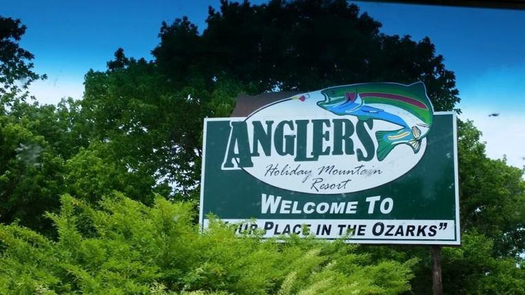 anglers holiday mountain resort