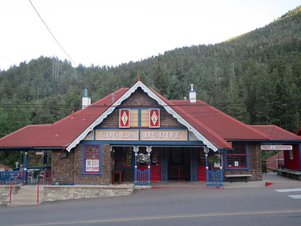 pikes peak train depot